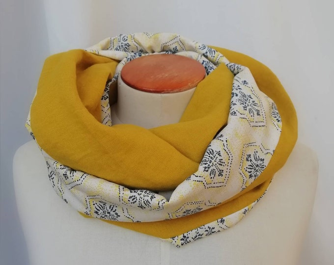 Women's scarf snood yellow graphic. Infinite scarf, neck circumdle, tubular scarf, tube scarf