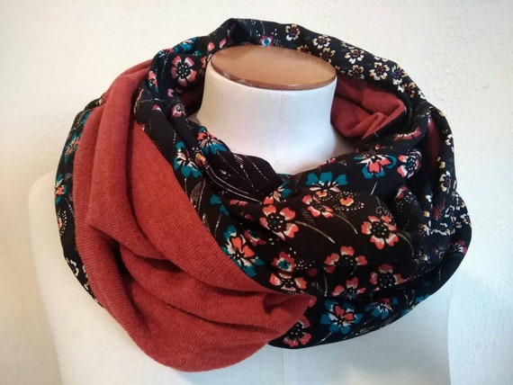 SNOOD woman printed multicolored flowers. Infinity scarf for women, tubular scarf, cowl, knit blue, rust or black
