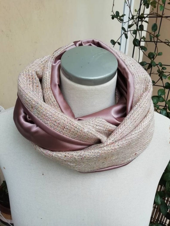 Womens winter accessory: Snood infinite scarf, pink silk and wool tweed. Wrap around collar, circular tubular scarf.