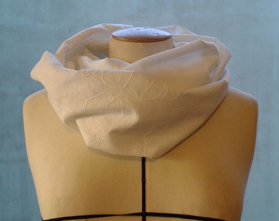 "White cotton woman SNOOD, scarf veil of white cotton, embroidered flowers on one side. Sewn in ""tube"", two laps. Spring Snood"