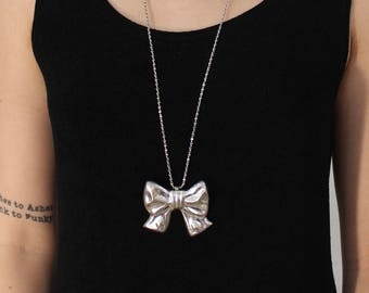 Sterling Silver Bow Ribbon Pendant Charm Necklace - Vintage