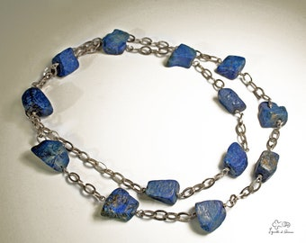 Silver necklace with lapis lazuli