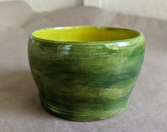 Green marbled abstract hand thrown pottery /handmade pottery /happy bowl /ceramics /fired and glazed pottery /jewelry bowl