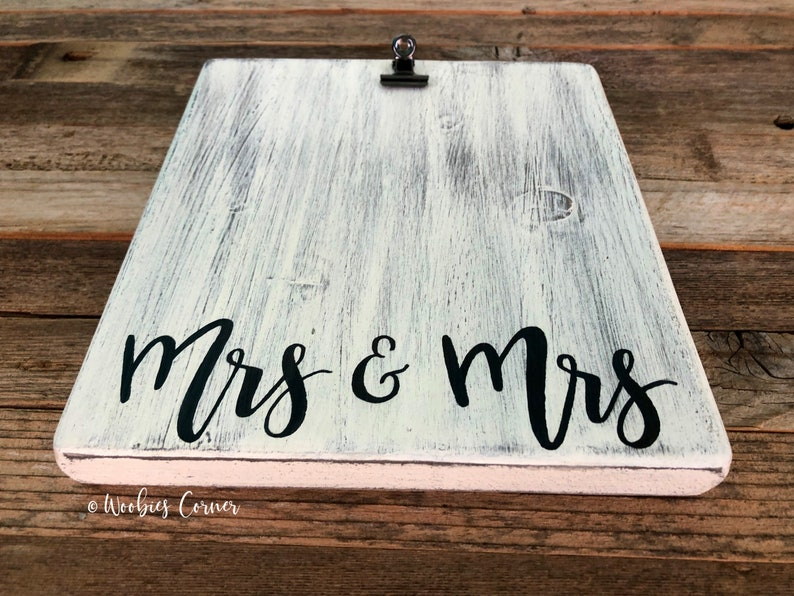 Mrs and Mrs photo frame Mrs and Mrs gift Gifts for the couple Wedding picture frame personalized Wedding gift Personalized frame