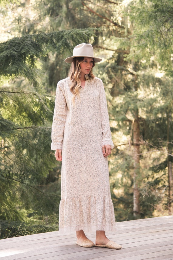 Vintage Prairie Dress / Viyella Calico Nightgown /