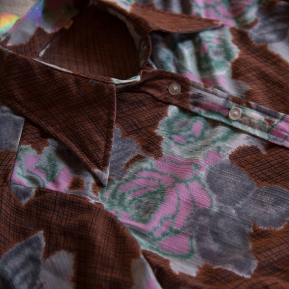 70's Floral Hippie Top,Psychedelic Rose Print But… - image 7