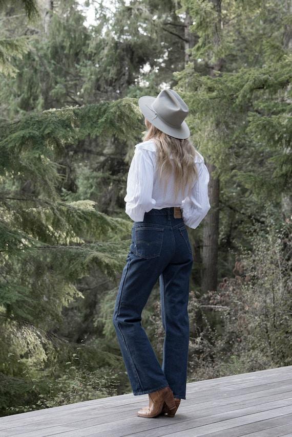 Vintage Levis jeans, 35 36 Waist Orange Tab Levis