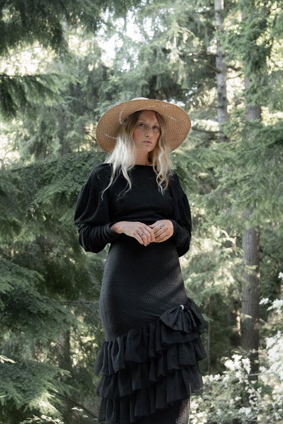 80s Holiday Dress   Black Ribbed Knit Bodycon Bac… - image 5
