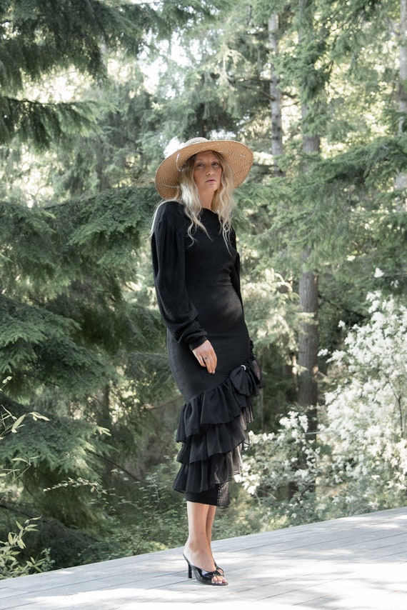 80s Holiday Dress   Black Ribbed Knit Bodycon Bac… - image 1