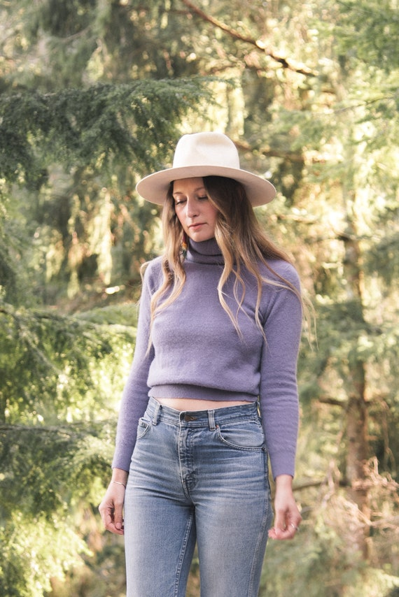 Lilac Angora Sweater Top / 70s 80s Fuzzy Cropped S