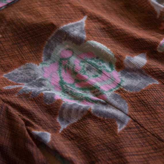 70's Floral Hippie Top,Psychedelic Rose Print But… - image 9