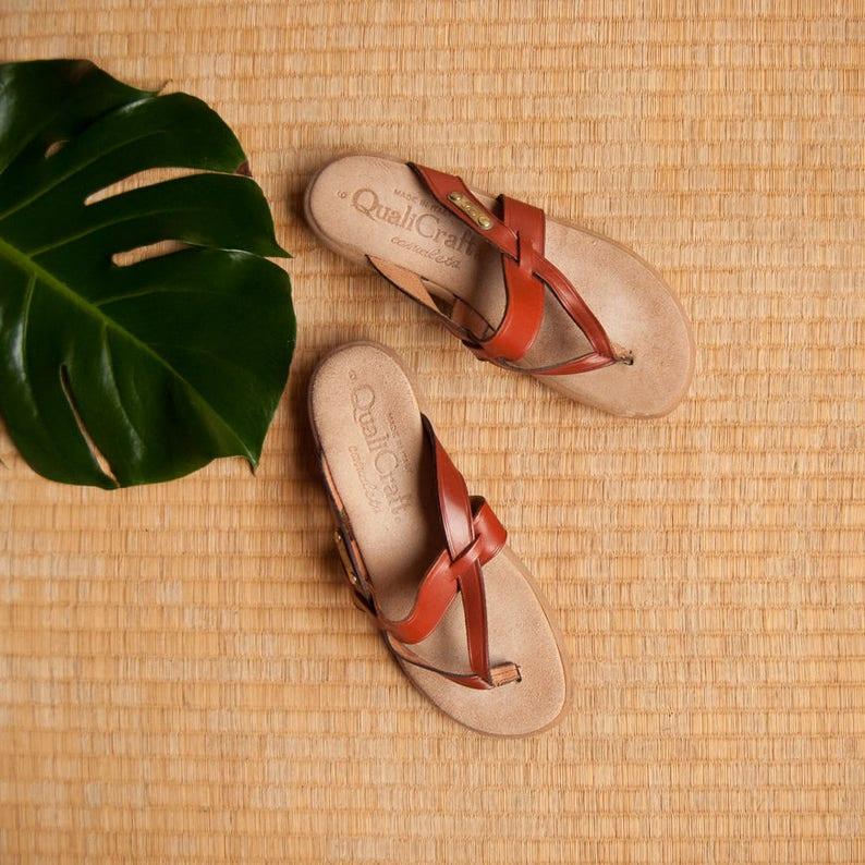 0528375bf49c 70 s Leather Sandals Women s 5.5 6 QualiCraft Slides
