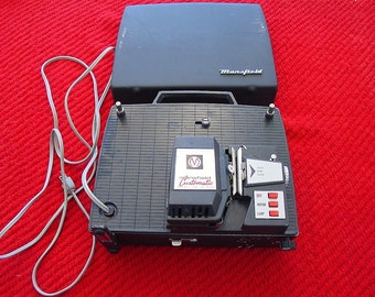 Vintage 1960s-Era Mansfield Customatic Model 331 8mm Home/Family Film Projector~Home Movies~Powers Up