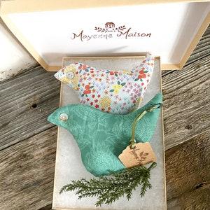 FREE UK SHIPPING Handmade Liberty Tana Lawn /& Silk Lavender Sachets in Gift Box Box of 2 Lavender Fish Drawer Scenters Aquamarine