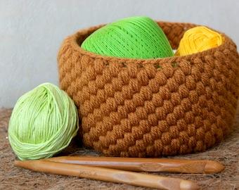 Wool Basket Crochet Pattern. English+German Pattern.