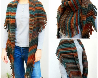 Crochet Pattern in English+German. Triangle Shawl with Fringe.