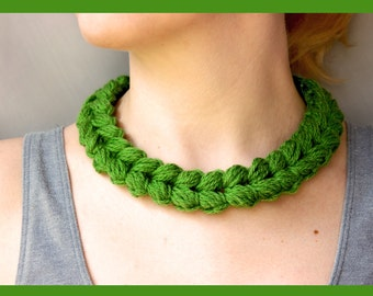 Crochet necklace pattern. Cable crochet Necklace. Easy technique with phenomenal results! Step by step tutorial with pictures.