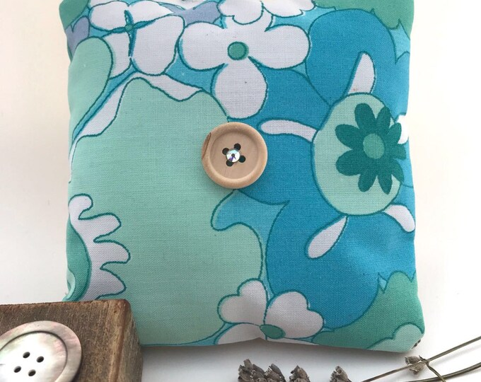 Handmade scented lavender bag - turquoise vintage 1970's fabric