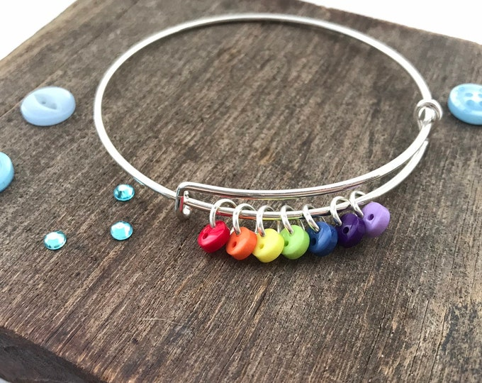 Rainbow bracelet, button bracelet, colourful bracelet, rainbow bangle, rainbow baby gift, rainbow bridge, rainbow lgbt, special rainbow gift