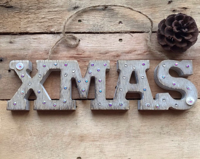Xmas signs, wooden christmas signs, shabby chic signs, xmas decorations, xmas gift ideas,