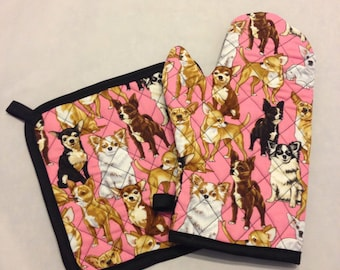 Pink chihuahua print insulated/quilted pot holder and oven mitt set/individual