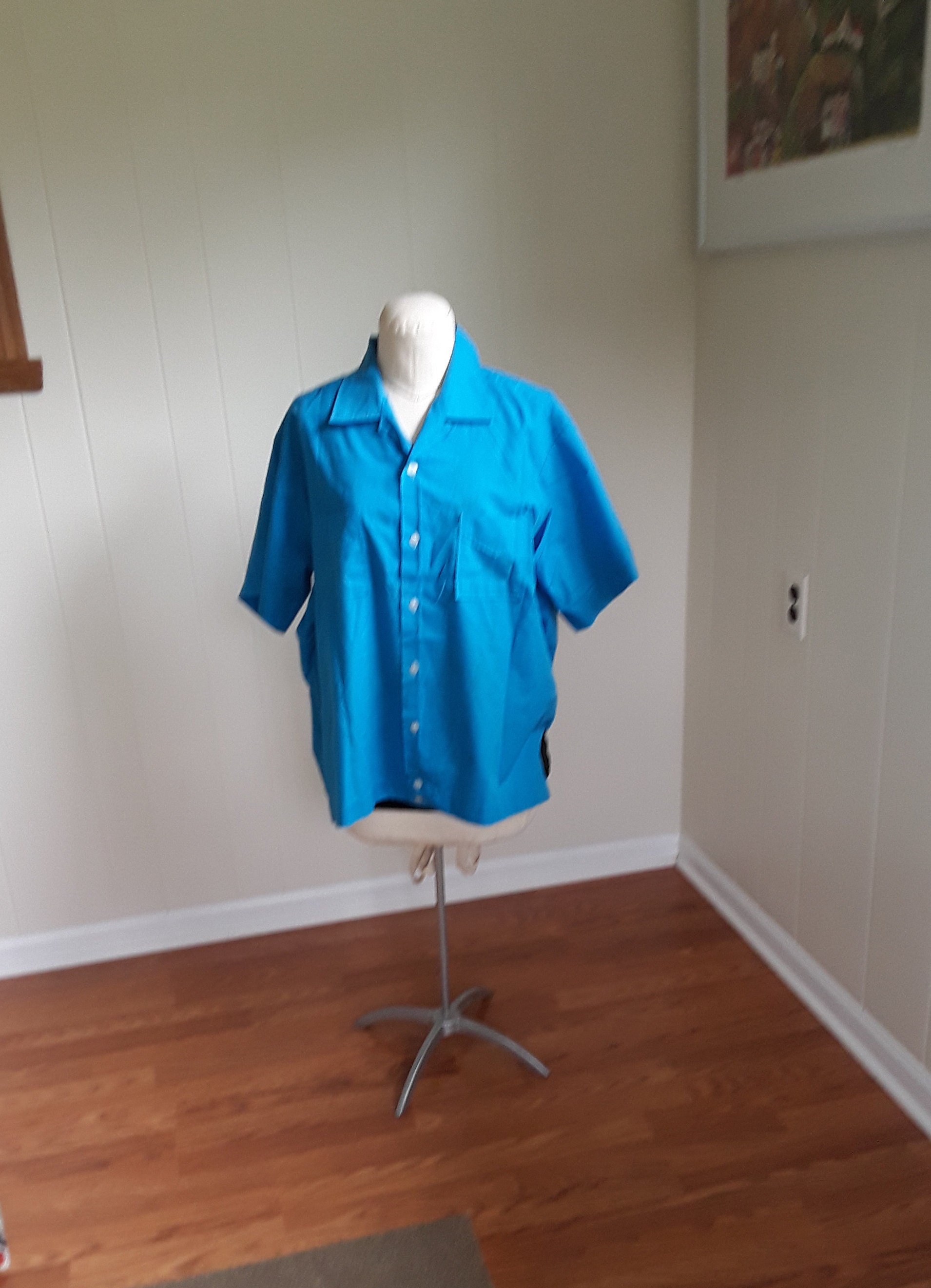 1970s Mens Shirt Styles – Vintage 70s Shirts for Guys Vintage Michigan Lottery Promotional Shirt, Imperial Mens Bowling Gas Station Uniform Shirt Size Xl $0.00 AT vintagedancer.com