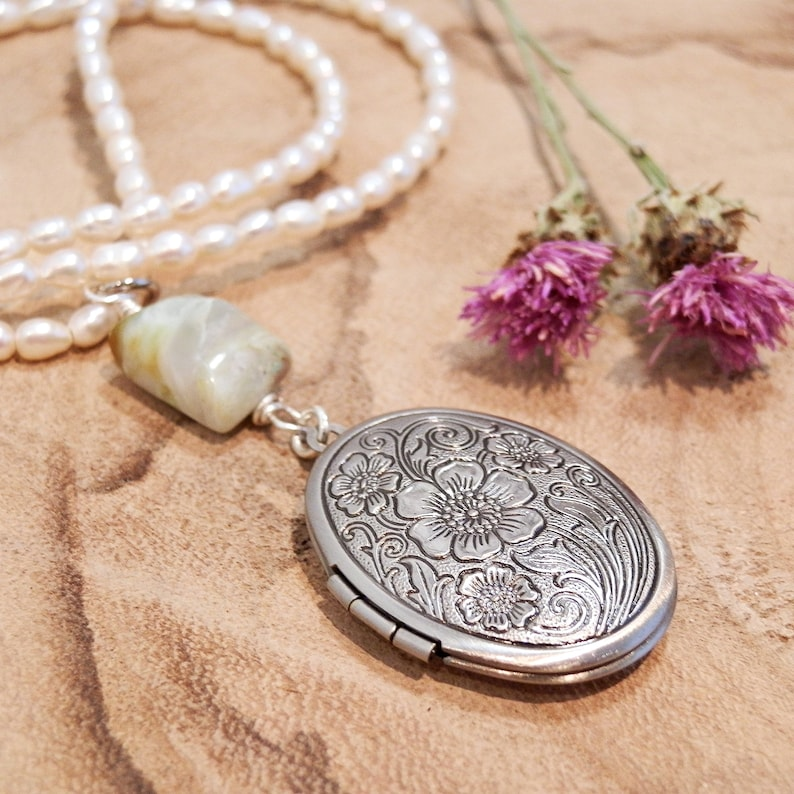 Vintage style locket necklace floral photo locket antiqued image 0