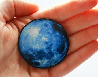 moon gifts , moon gifts for her , moon jewelry , moon brooch , moon pin