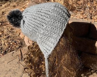 Chickadee Hat -- a loom knit pattern