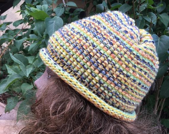 Barrel Stitch Hat -- a loom knit pattern