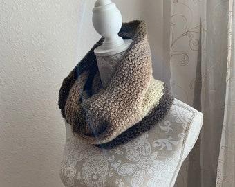 Beginners Box Stitch Infinity Scarf -- a loom knit pattern
