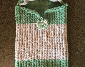 Hooded Baby Cocoon -- a loom knit pattern
