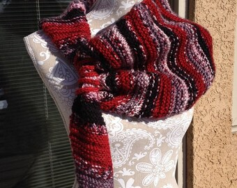 Red Rocks Scarf  --  a loom knit pattern