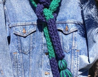 2-Hour School Spirit Scarf - a loom knit pattern