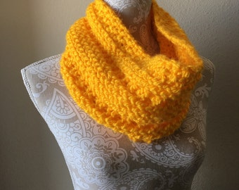 Lookout Mountain Cowl  --  a loom knit pattern
