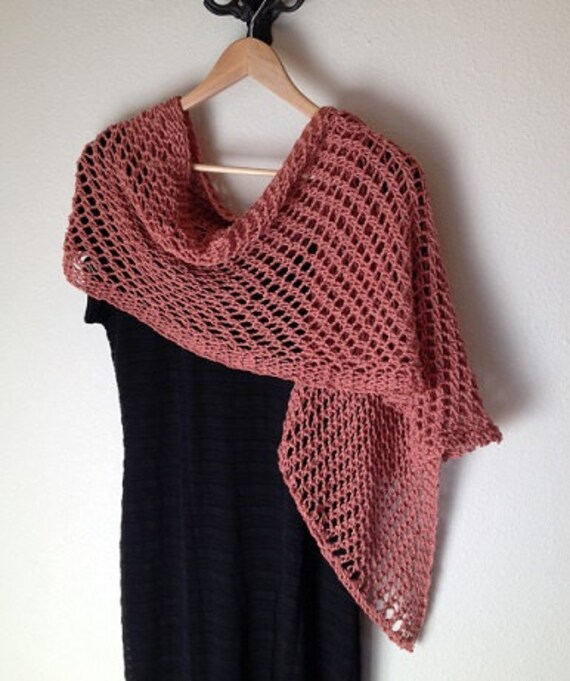 Lattice Stitch Shawl - a loom knit pattern
