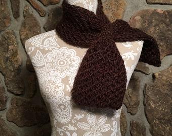 Black Canyon Scarf -- a loom knit pattern