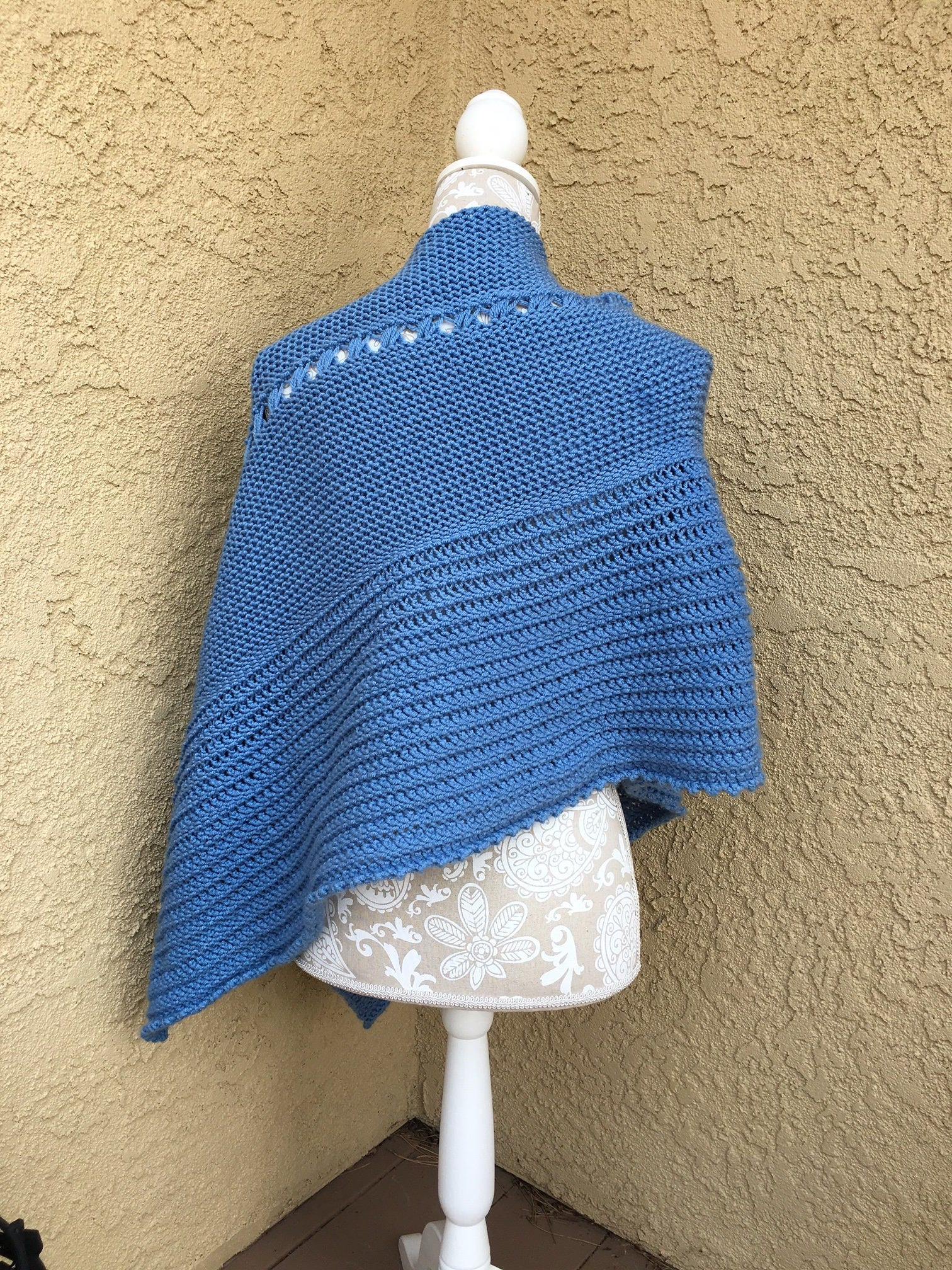 Bluebell Poncho A Loom Knit Pattern