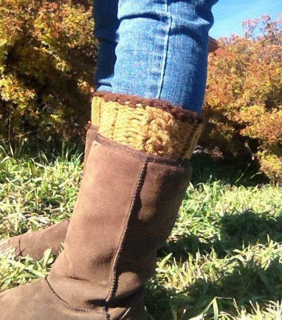 Simple Cabled Boot Topper - a loom knit pattern