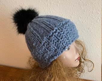 Winter Park Beanie  --  a loom knit pattern