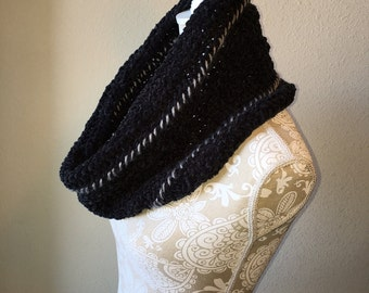 Overcast Cowl - a loom knit pattern