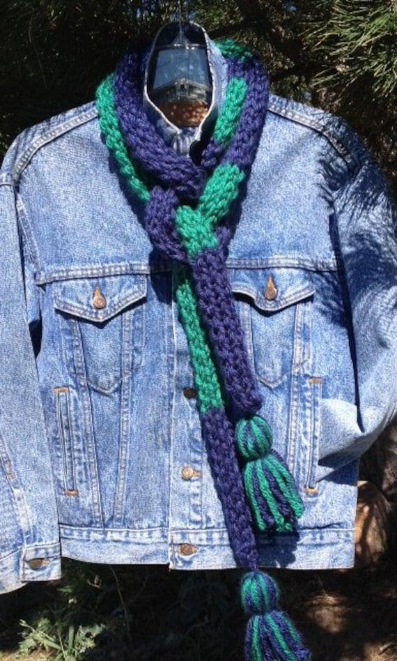 2-Hour School Spirit Scarf - a loom knit pattern
