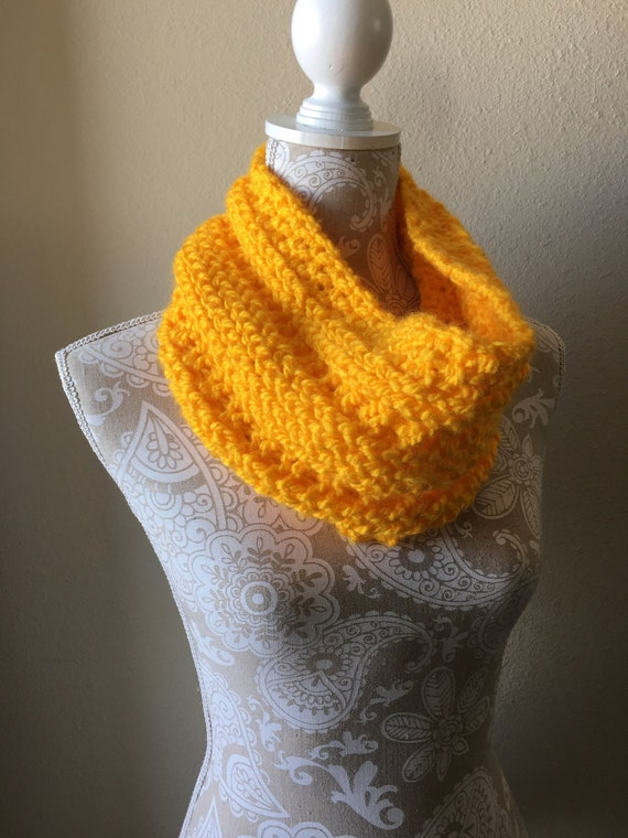 Lookout Mountain Cowl  --  a loom knit pattern