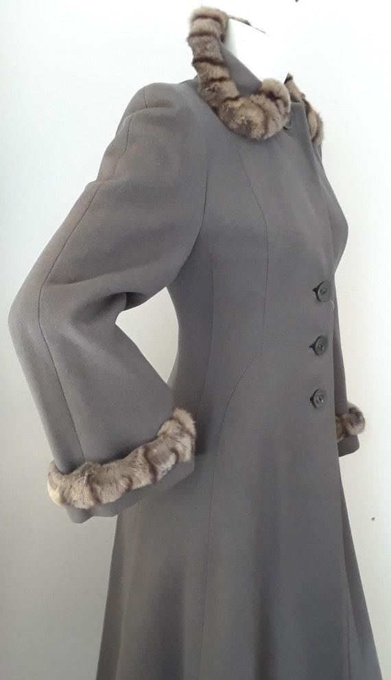 SALE* Vintage 1940s Wool & Chinchilla Princess Co… - image 5