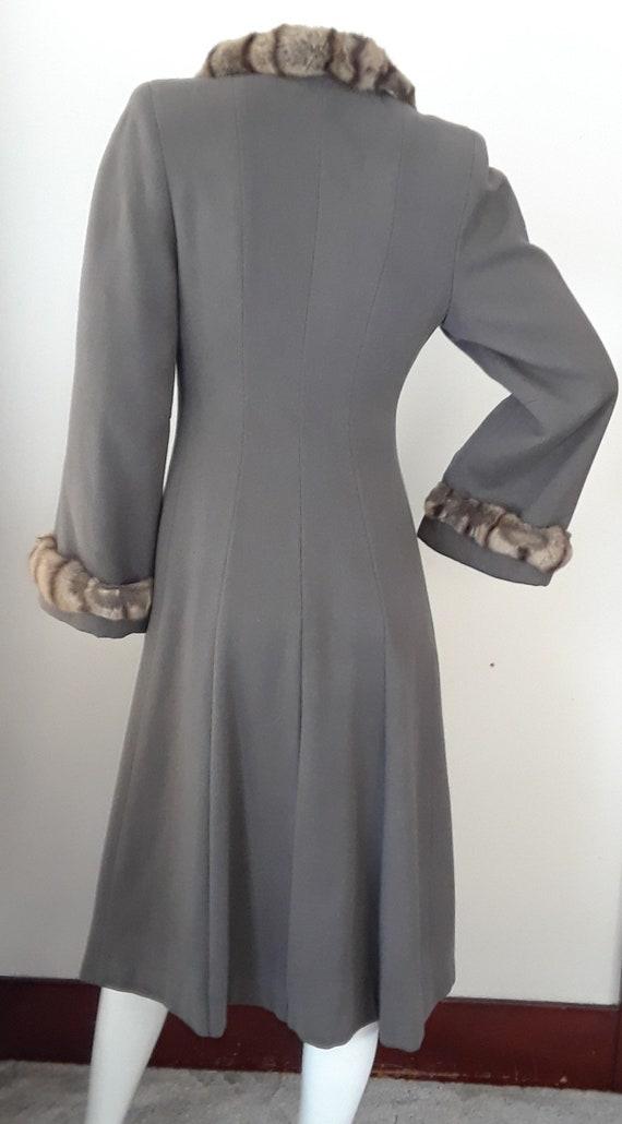 SALE* Vintage 1940s Wool & Chinchilla Princess Co… - image 3