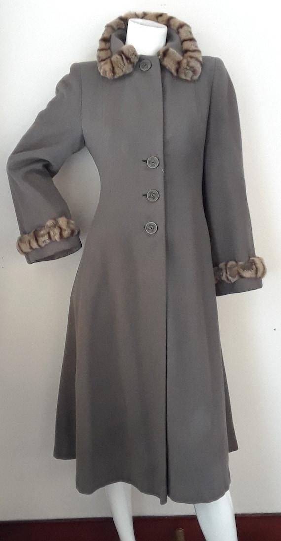 SALE* Vintage 1940s Wool & Chinchilla Princess Co… - image 1