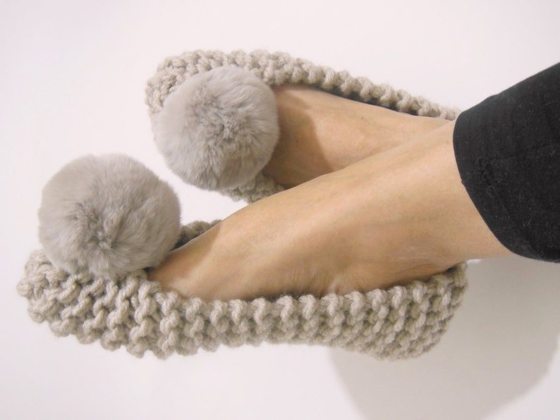 Beige Chunky Slippers REAL or FAUX Fur Pom Poms Women s  89a5d4f6c