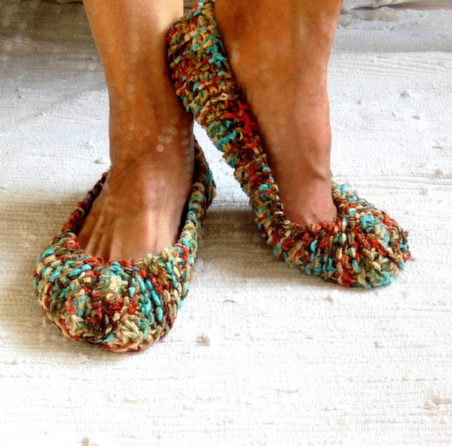 women slippers, multicolored slippers, hand made ballet flats. non-slip slippers, gift wrapped, crochet slippers, ballet flats,