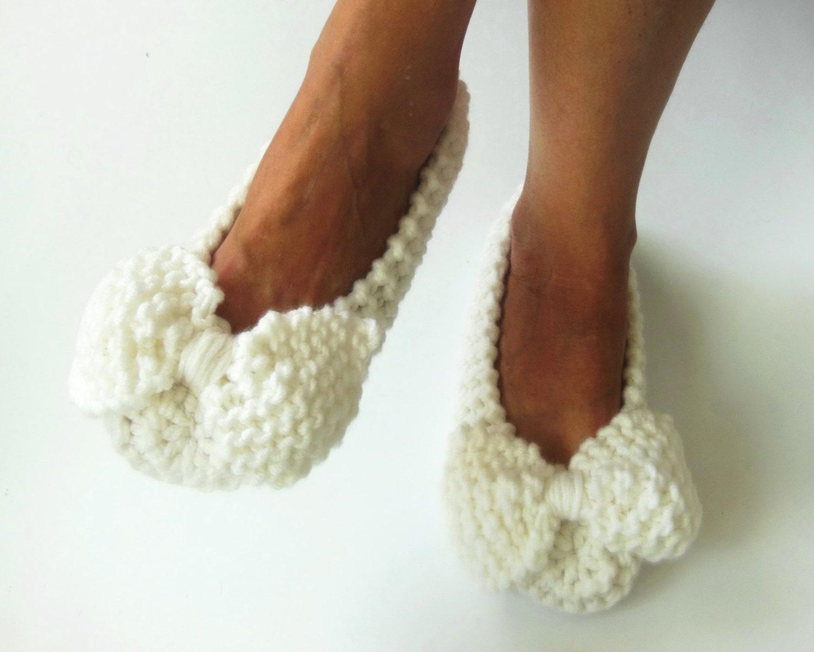 white wedding slippers, women slippers, non-slip, bow slippers, ballet flats, bridal slippers, handmade slippers, knitted slippe