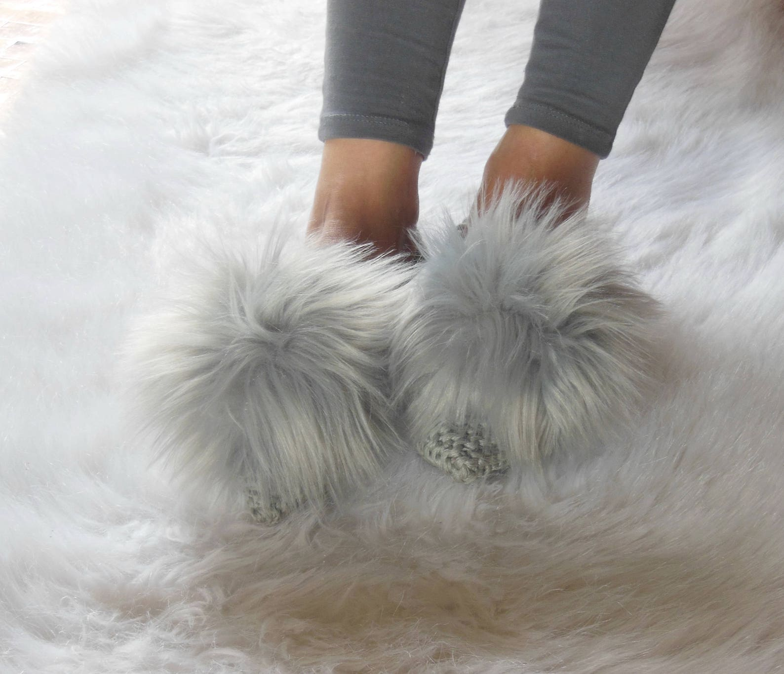 fur gray pointed or round toe ballet flats, women's non-slip slippers, cotton slippers, real fur pom-poms, gift wrapping